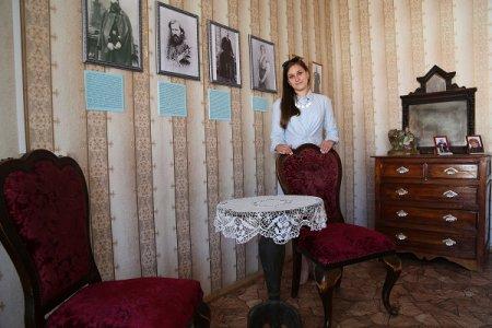 От Беляева  к Левашеву  и обратно