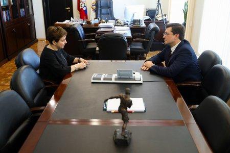 Глеб Никитин провел совещание с главой фонда помощи хосписам «Вера» Нютой Федермессер