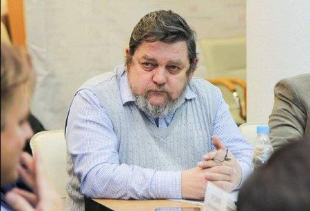 Политолог, кандидат философских наук Александр Суханов прокомментировал поправки в Конституцию РФ