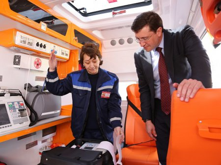 Глеб Никитин поблагодарил специалистов скорой помощи за работу
