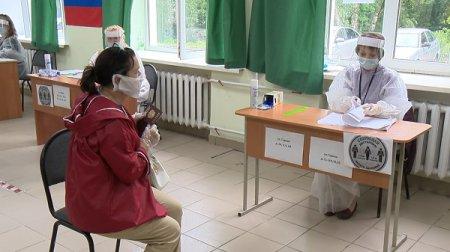 Глеб Никитин оценил соблюдение мер безопасности на избирательном участке в Нижнем Новгороде