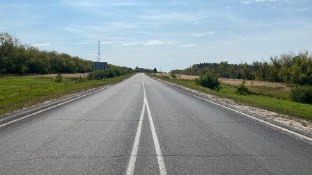 В регионе на 93% выполнена укладка верхнего слоя дорожного покрытия в рамках нацпроекта «Безопасные и качественные автомобильные дороги»