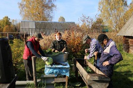 Капустный день в деревне Быстрец