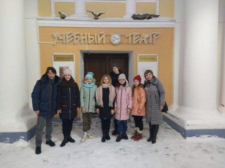 Победители регионального этапа фестиваля «Театральное Приволжье» побывали на спектакле в Учебном театре