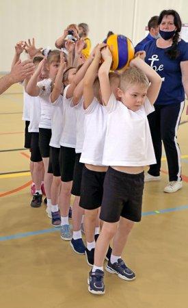 Детвора со спортом дружит