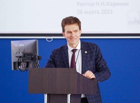 Николай Карякин: «За первый день работы мобильного пункта вакцинации в ПИМУ привили более 60 человек»