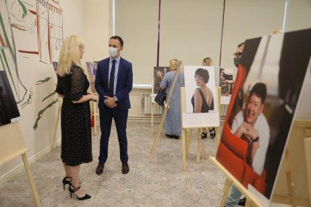 Давид Мелик-Гусейнов принял участие в открытии фотовыставки «С них начинается Родина»