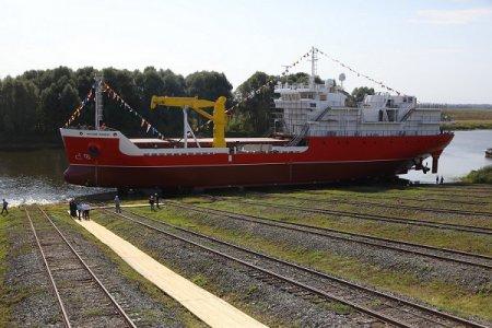 Грузопассажирское судно для Камчатского края спустили на воду в Нижегородской области